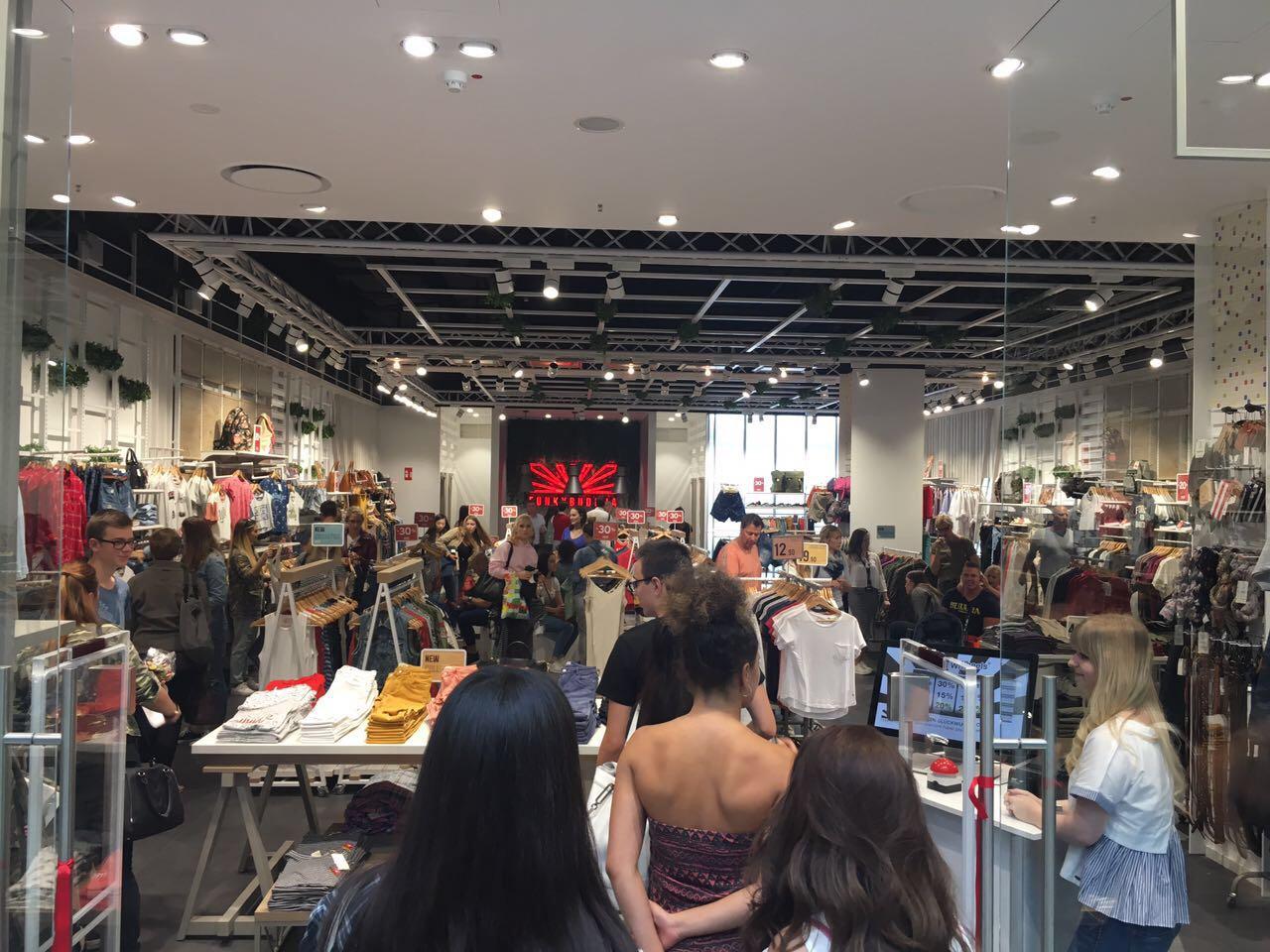 Eröffnung Retail-Shop Funkybuddha im Centro Oberhausen