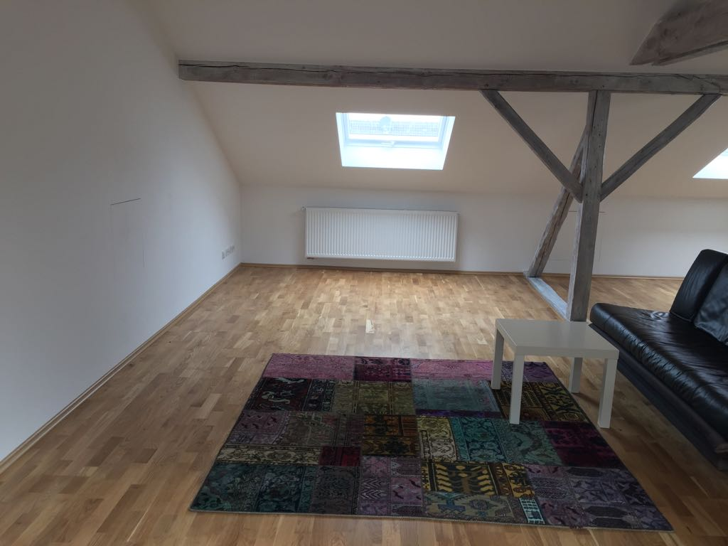 TV-Lounge: Dachgeschossausbau in Dortmund-Wellinghofen