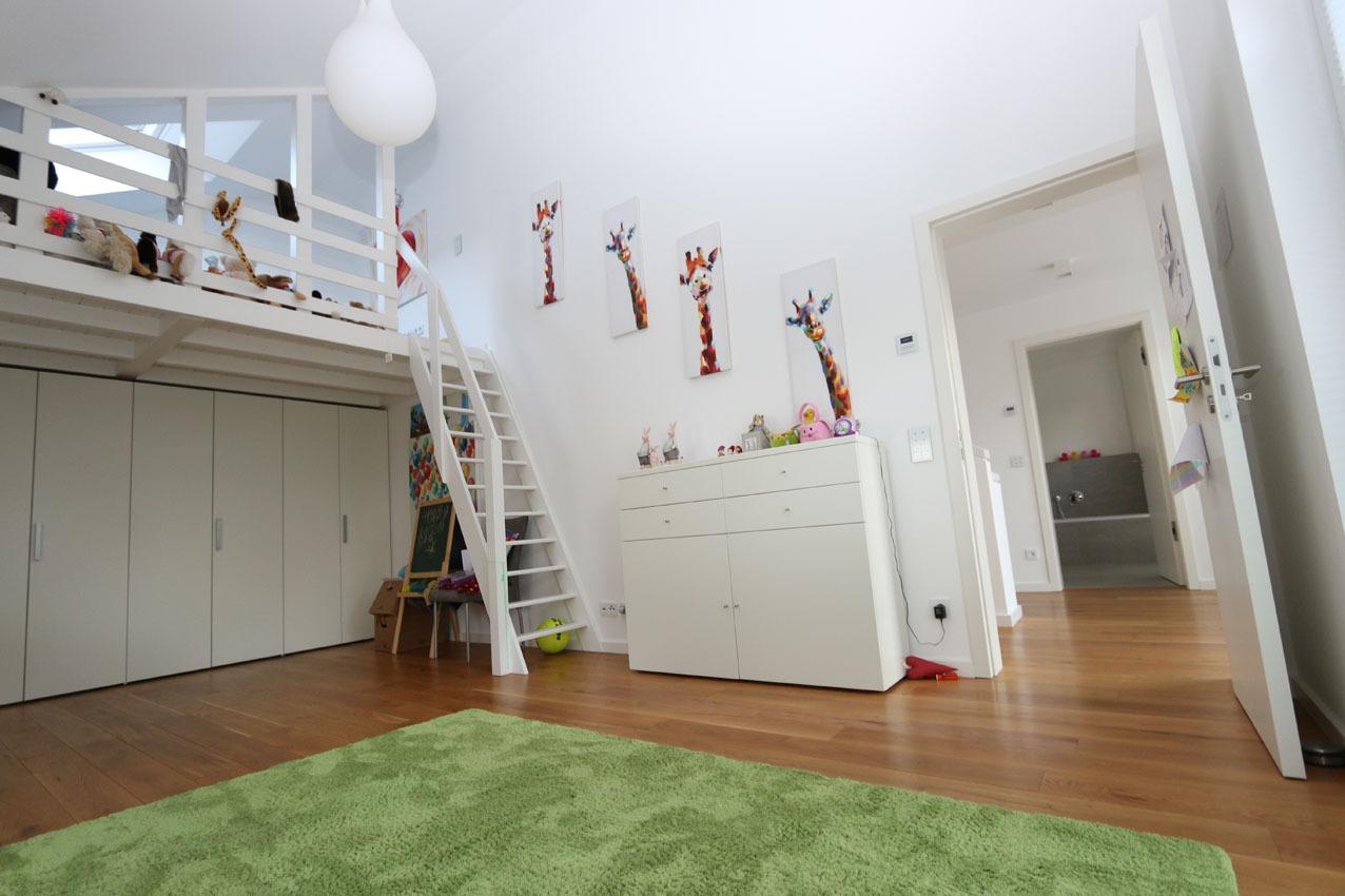 Kinderzimmer mit Schlafempore, Neubau in Dortmund-Lücklemberg